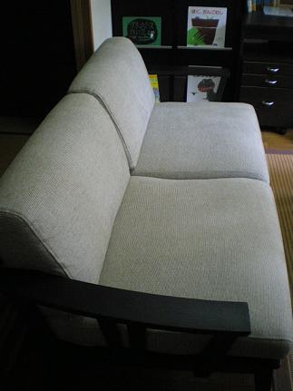新しいソファ