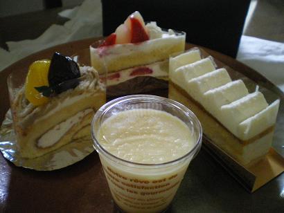 「ショウタニ」のケーキ