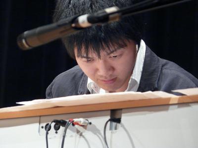 piano322.jpg