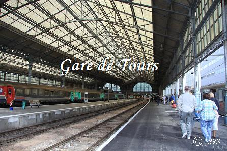 dトゥール駅2IMG_3652