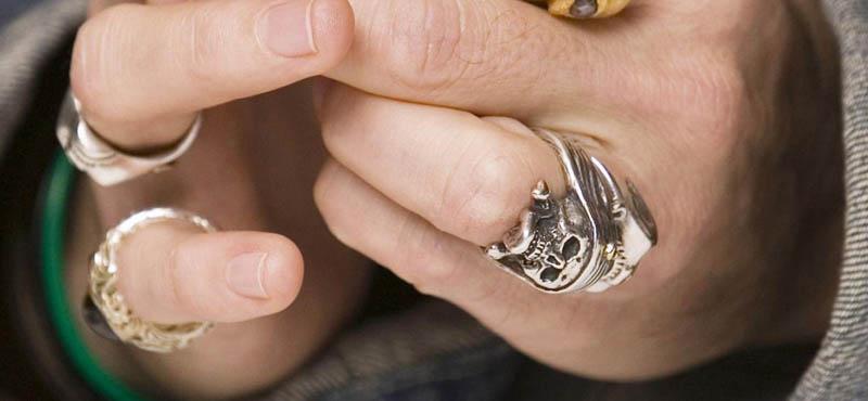 johnnY DEPP SUPERBAD 2008 来日 ボルサリノ タートオプティカル ELVIS KING シークレットウィンドウ メガネ 眼鏡 ウォレットチェーン リブラチェーン オスカー アカデミー賞 試写会 プレミア ヒルズ ス