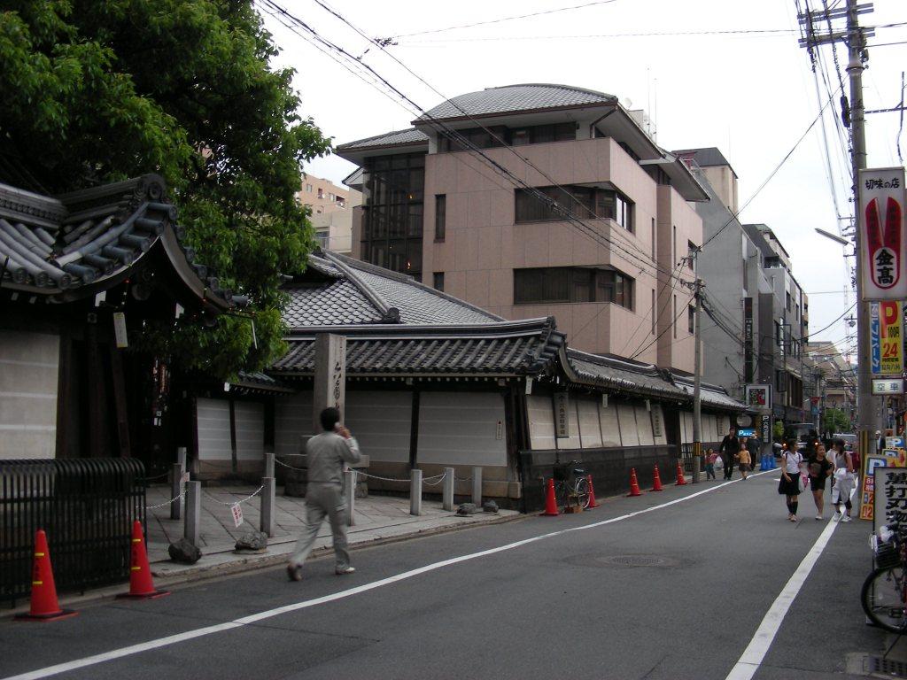 三条京極、六角堂 165