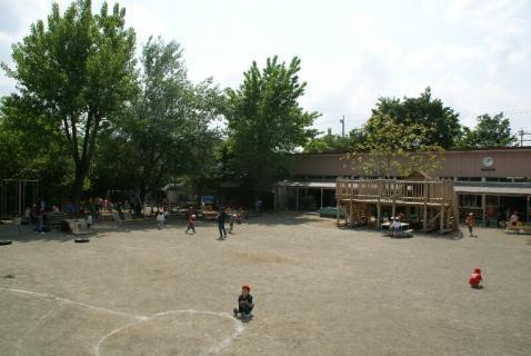 DSC01306園庭2