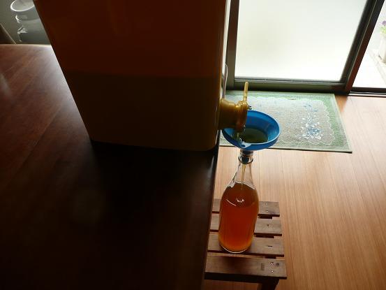簡易貯蜜タンク1