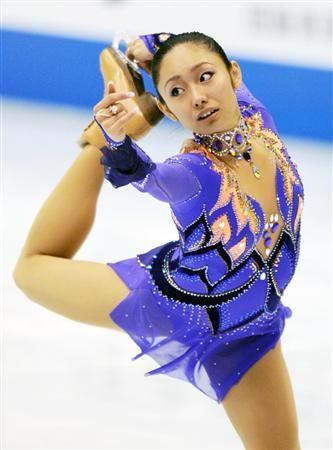 女子ショートプログラムで2位になった安藤美姫