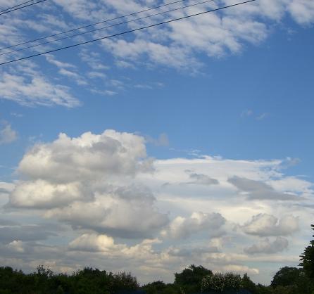 今日の空。o○*☆*