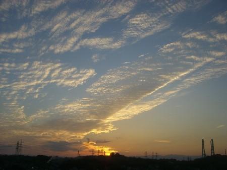 標準モード撮影のほんとの夕焼け.。.:*・゜゚・*