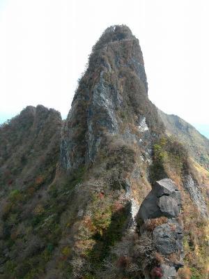 2006.10.29根子岳岩縦走 002