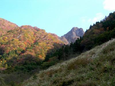 2006.10.29根子岳岩縦走 018