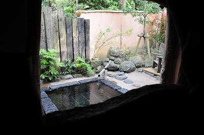 (ノ´▽`)ノオオオオオッ♪露天風呂っ!!