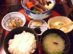 帯屋町の土佐藩で鰹タタキ定食