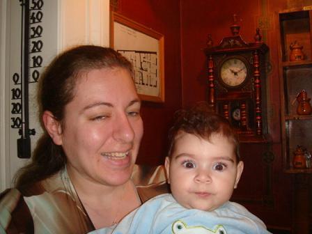 アクロポリスホテルの子供とお母さん