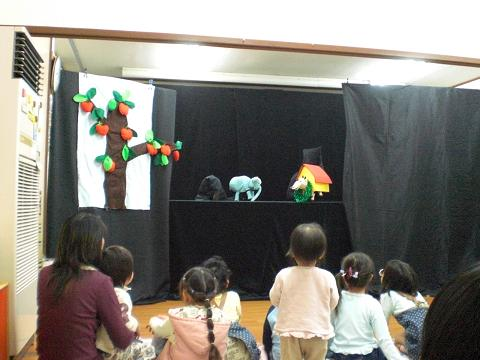 ころりんぽっけ人形劇3.22 011