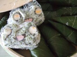 かえる寿司と柏餅