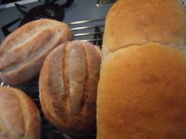 食パンとミルクパン