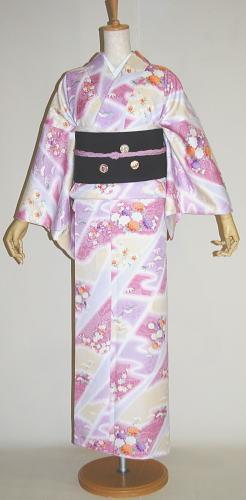 ピンク色:霞に花