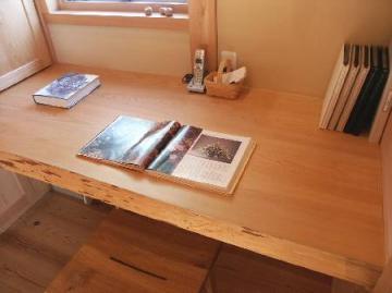 家事室テーブル