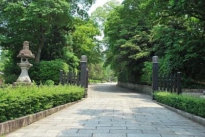 大谷祖廟 (おおたにそびょう)