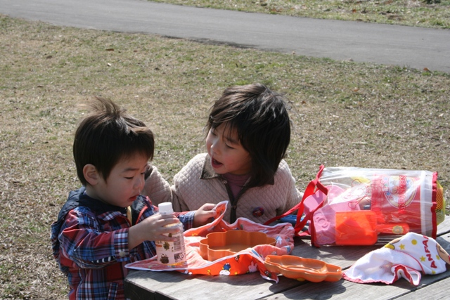コッコさんが幼稚園に行ったら・・アタシとゆいくん・・何しよう。(笑)