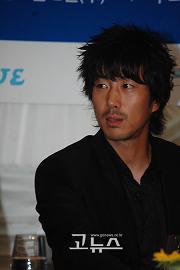 ユン・テヨン