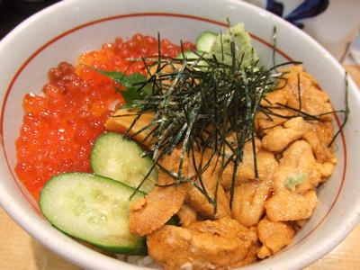 美登利寿司でウニいくら丼