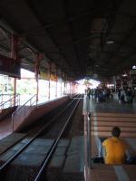 ジョグジャ トゥグ駅