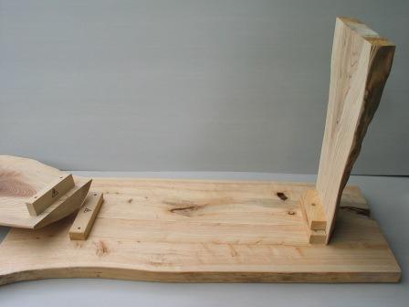 2008年6月17日新ワイルドログテーブルの組立方法?天板と足を組む。