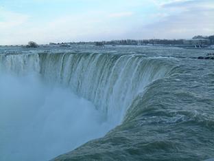 カナダ滝(滝だけ)