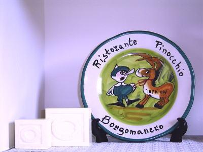 リストランテ・ピノッキオの絵皿