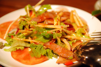 タイ風ビーフサラダ