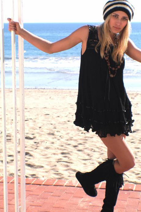 joni black sand