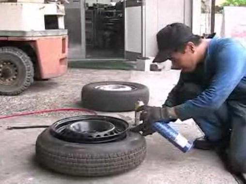 タイヤのビードの間違った出し方