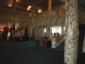 プレステージ クラブハウス内