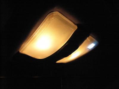 交換前 LED ルーム