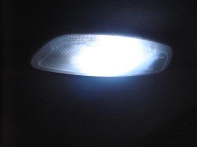 リア 交換後 LED ルーム