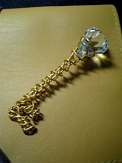 ゴールドワイヤーの鍵