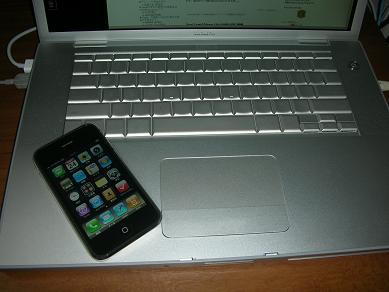 iPhone3GMacBookPro03