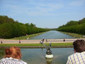 シャトーの運河