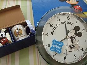 ばぁばが送ってくれたよ!ミッキーの時計。