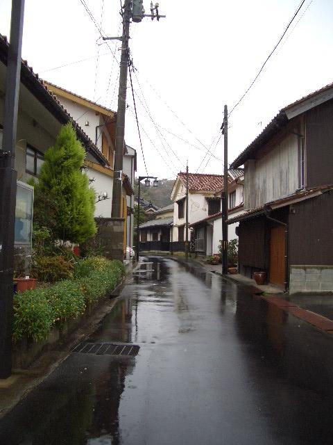 雨の温泉津