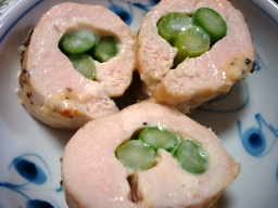 鶏胸肉のアスパラチーズ巻き