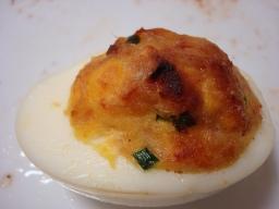 ツナマヨのゆで卵グラタン