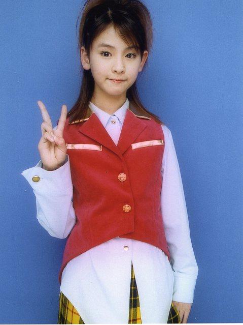 梨沙子『祝!Berryz工房 2周年!!』3