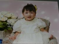 泣き顔で撮影 1歳