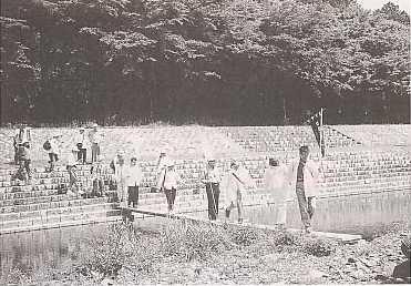 國松知事も渡った田村川の仮橋(灯街道リレーで)