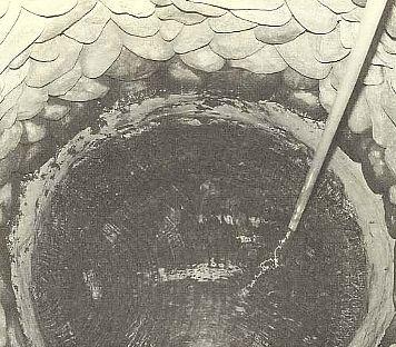 澄んだ鈴鹿の伏流水が湧き出す井戸
