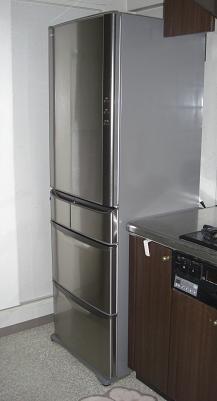新しい冷蔵庫
