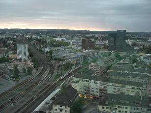 チューリッヒのホテル窓・早朝