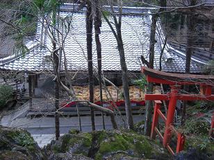 石山寺(珪灰石の上部より)