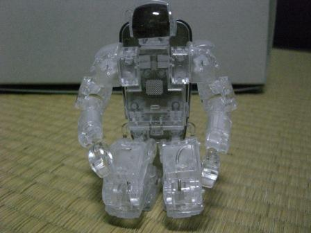 ホンダロボットP3「クリア」正座